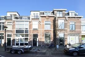 Stalen liggers in Oud Rijswijk